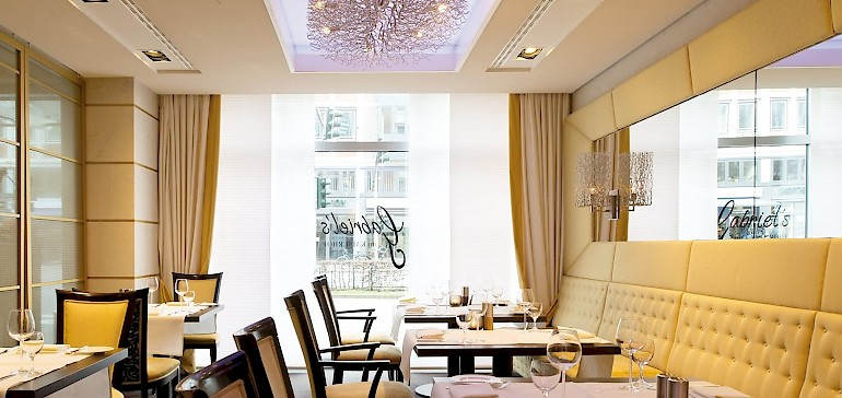 Visit our stylish restaurant and enjoy good food and good wines