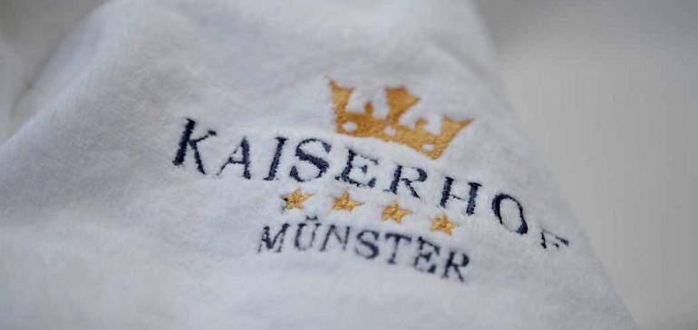 Kaiserhof bathrobe