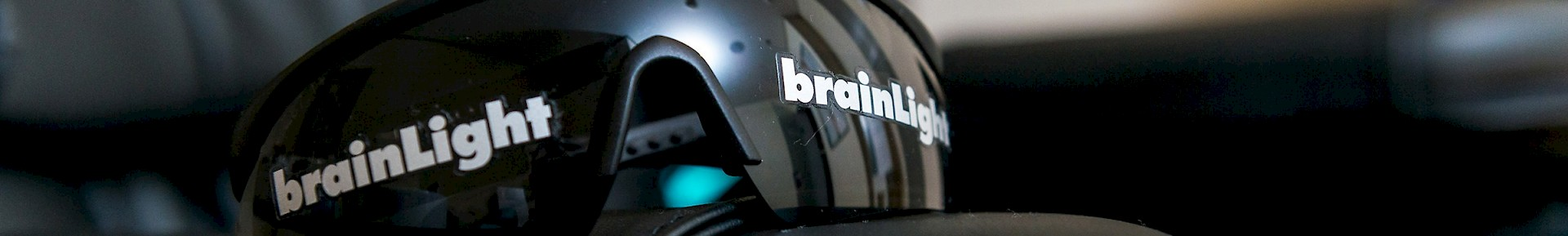 BrainLight visualization goggles