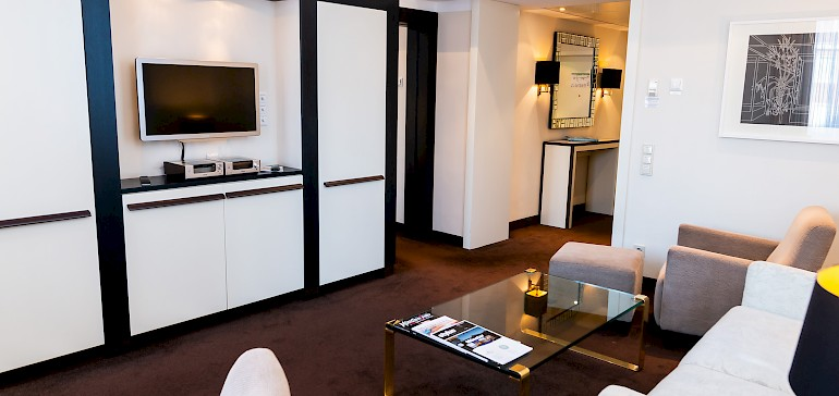 "TV and Audio-System in one of the ""Kaisersuites"""